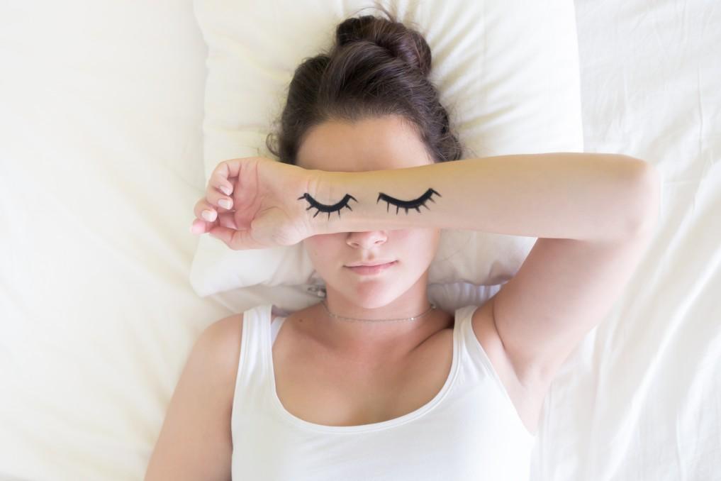 jeune-femme-endormie